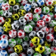 chocolate-footballs-all-sorts-of-colours-500x500